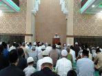 suasana-salat-ied-di-masjid-al-mukhlishin-pontianak.jpg