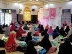 suasana-seminar-kesehatan-wanita-di-masjid-al-barokah-kelurahan-roban-013.jpg