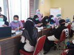 suasana-vaksinasi-para-guru-di-aula-kantor-dinas-pendidikan-3514.jpg