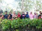 tanam-mangrove-iain.jpg