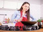 tanpa-sadar-anda-sering-lakukannya-4-cara-memasak-ini-bikin-makanan-jadi-beracun.jpg