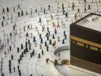 umat-muslim-mengitari-kabah-saat-tawaf-ibadah-haji-dengan-penerapan-protokol.jpg