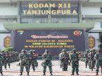 upacara-penyambutan-satgas-pamtas-ri-malaysia-batalyon.jpg