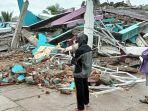 update-jumlah-korban-gempa-majene-27-orang-tewas-belasan-ribu-mengungsi.jpg