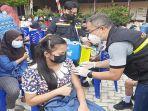 vaksin-pada-lebih-dari-900-pelajar-di-kabupaten-sintang.jpg