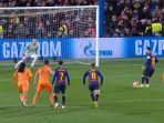 video-cuplikan-gol-barcelona-vs-lyon-di-leg-2-babak-16-besar-liga-champion-2019-skor-akhir-5-1.jpg