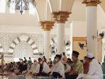 wali-kota-pontianak-salat-jumat-di-masjid-raya-mujahidin-3.jpg