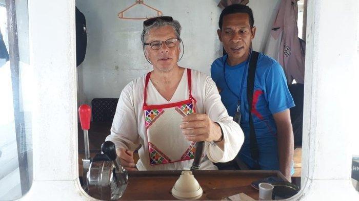 Wisatawan Asing Senang Souvenir Khas Nagekeo, HPI Harap Masyarakat Jaga Warisan Budaya
