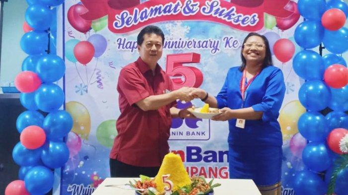 Beatrix Ernesta Puteri, Operations Manager Panin Bank KCU Kupang