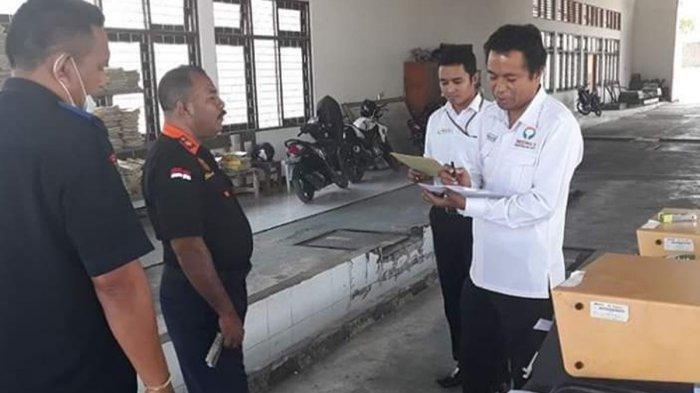 Darius Beda Daton, SH Kepala Perwakilan Ombudsman NTT memantau pelayanan publik