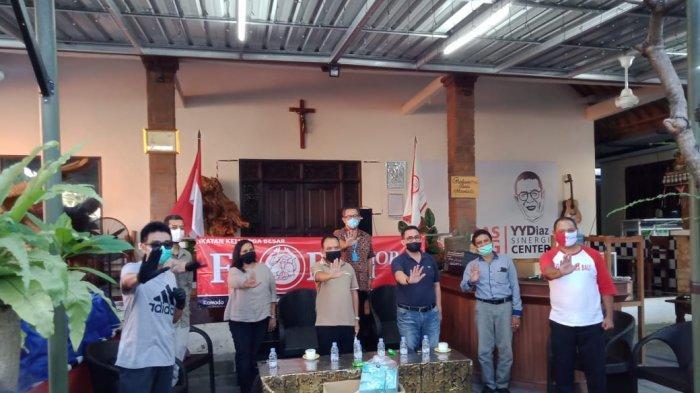 Dapat Bisikan Corona oleh Lucia Adinda, Eks Gubernur NTT Frans Lebu Raya Lakukan Hal Ini di Bali