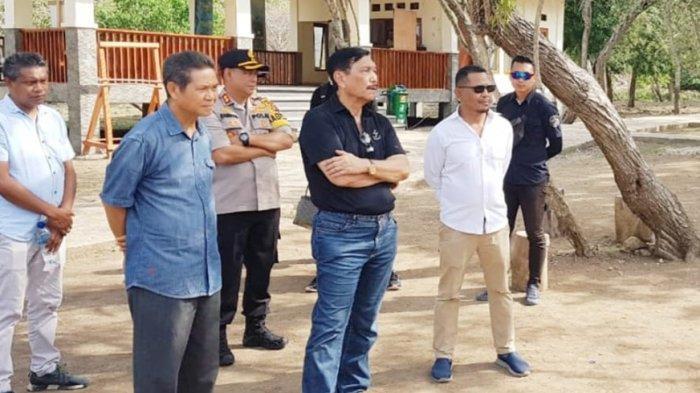 Yeremias Ontong, SP, Kepala Dinas Ketahanan Pangan dan Perikanan Kabupaten Manggarai Barat, Provinsi NTT dalam sebuah kegiatan