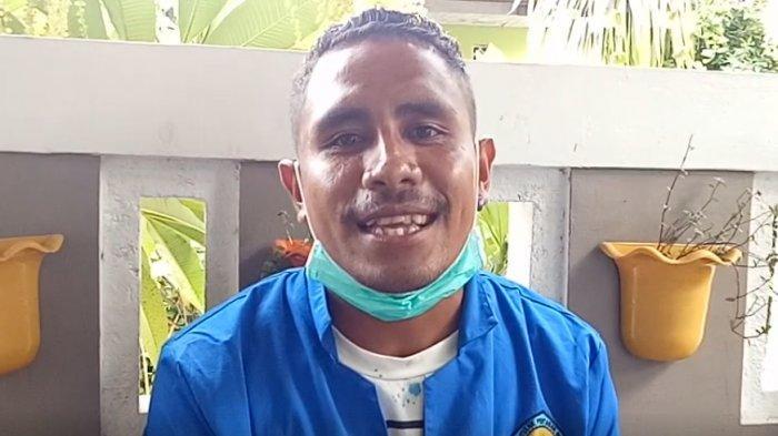 Yosafat Duly, mahasiswa semester 4 prodi Teknologi Industri Hortikultura (TIH), Jurusan Tanaman Pangan Hortikultura (TPH), Politani Negeri Kupang