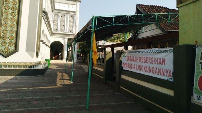Rumah duka Fadhilin di komplek Masjid Al Muttaqin Kaliwungu, Rabu (21/7/2021). (TribunJateng.com/Saiful Ma'sum)