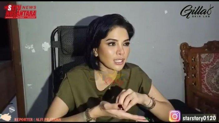 Nikita Mirzani beberkan penyakit yang dideritanya hingga harus opname 3 hari di rumah sakit, Rabu (2/6/2021). (Capture YouTube Star Story)