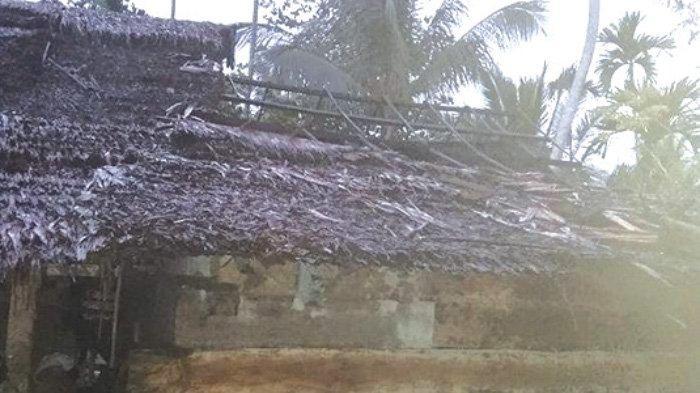 Saat Asapi Ikan, Dapur Rumah Warga di Pirak Timur Terbakar