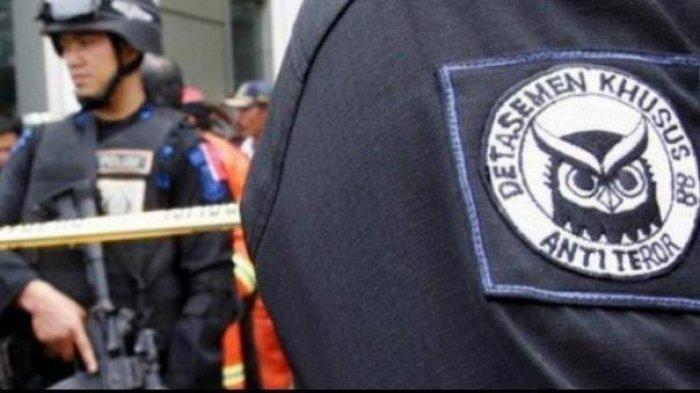 Karyawan PT Kimia Farma Diringkus Densus 88 Diduga Terkait Kasus Terorisme