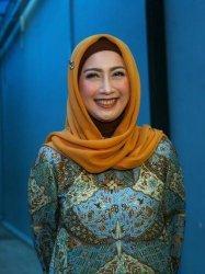 Makin Kaya, Desy Ratnasari BerpeluangJadi Gubernur