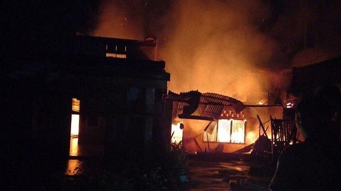 Enam Rumah Terbakar di Agara
