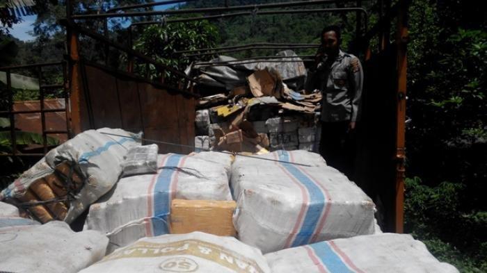 Diupah 21 Juta, Seorang Sopir Angkut 30 Kg Ganja ke Medan