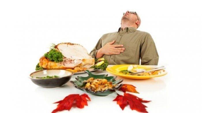 Makan di Atas Pukul 8 Malam Bikin Gemuk?