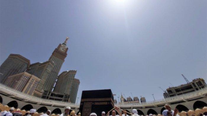 Hari Ini Matahari Berada Tepat di Atas Ka'bah, Simak Cara Menentukan Arah Kiblat yang Tepat