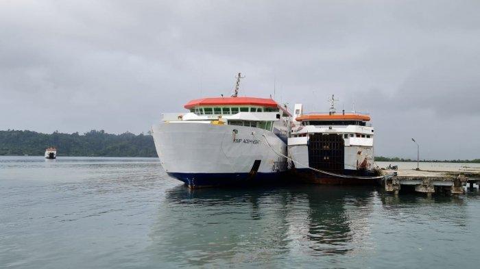 Kapal Penyeberangan Lintas Simeulue ke Aceh tak Beroperasi Akibat Cuaca Buruk