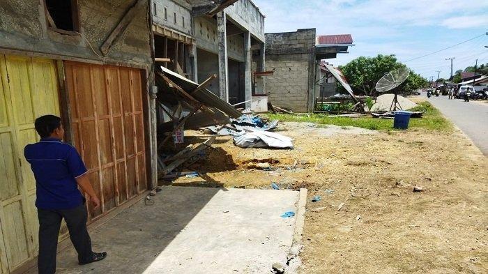 Truk Hantam Warung, Seorang Ibu Rumah Tangga Meninggal
