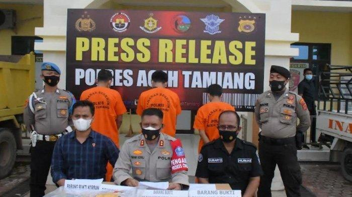 Kapolres Aceh Tamiang AKBP Imam Asfali menyampaikan penangkapan tersangka pencabulan terhadap anak tiri yang masih berusia 10 tahun, Selasa (14/9/2021).