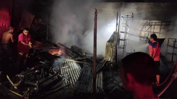 Kembali Terjadi Kebakaran Ruko di Kotafajar, Api Diduga Berasal dari Hubungan Arus Pendek Listrik