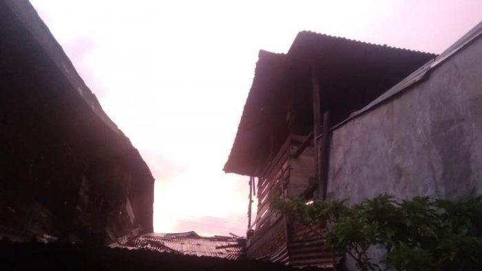Satu Rumah di Galus Terbakar, Enam Lainnya Rusak Ringan