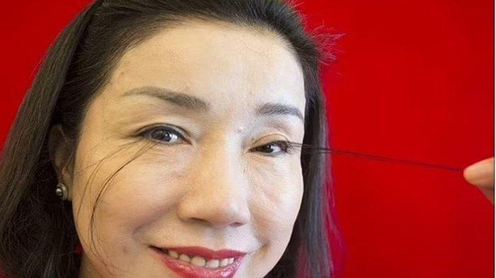 Wanita Cina Pecahkan Rekor Dunia, Panjang Bulu Mata 20,5 Centimeter