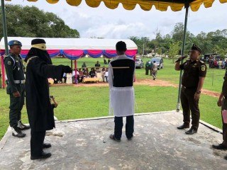 Pasangan Zina Dicambuk 200 Kali di Aceh Besar