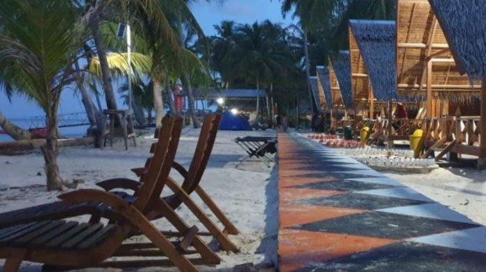 Cottage di destinasi wisata Pulau Panjang di gugusan Kepulauan Banyak, Aceh Singkil 18 Juli 2020. Pulau Panjang merupakan destinasi wisata paling hits.