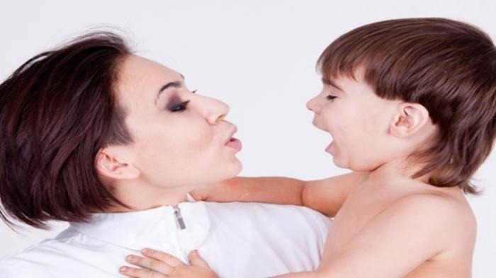Agar Anak Tak Bicara Jorok