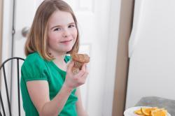 Seperti Apa Sih Cemilan yang Sehat bagi Anak?