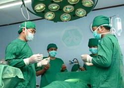 Dokter Ahli Bedah dan Pasien Ahli Tahajjud