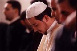 Nelson : Hanya Islam yang Bisa Menyembuhkanku