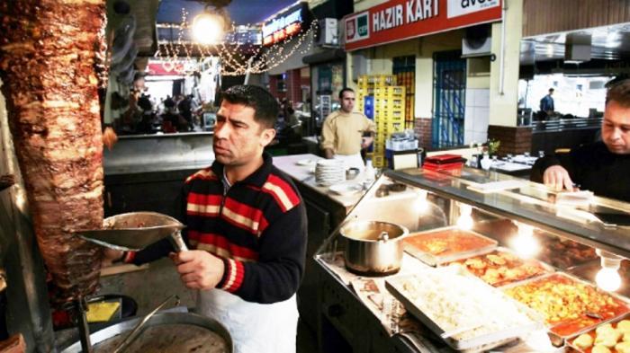 Apa Bedanya Kelezatan Makanan antara Si Kaya dan Si Miskin