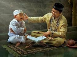 Mengajari Anak dengan Kisah Islami
