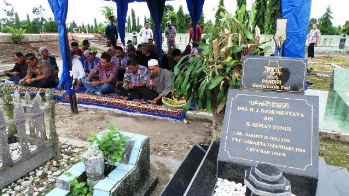 Ziarah Jelang Lebaran, Tanda Bhakti Keluarga