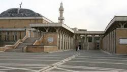 Pemerintah Daerah Lombardy Italia akan Tutup 15 Masjid