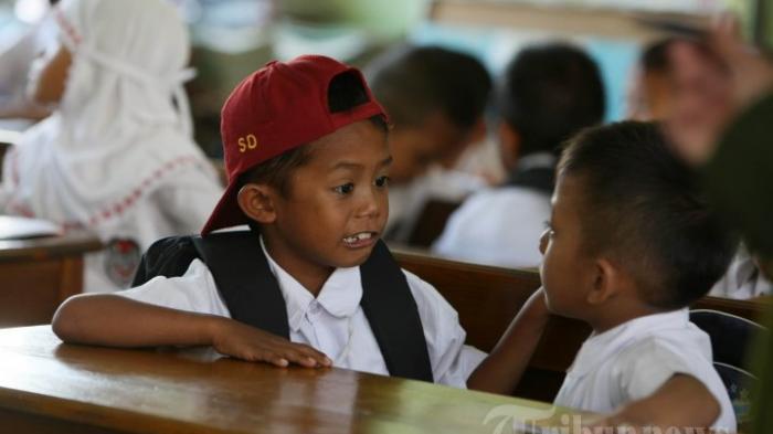Yakinkan Anak Agar Mandiri di Sekolah