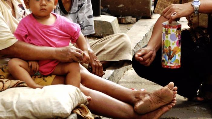 Hadits: Membantu Mengatasi Kesulitan Hidup Sesama