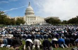Warga Muslim AS Bantu Pembangunan Kembali Gereja Yang Terbakar