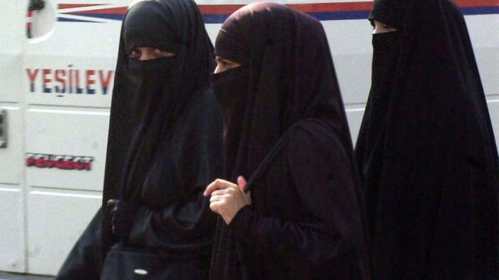 Peserta Pemilu Berniqab akan Dilarang Memberikan Suara di Mesir