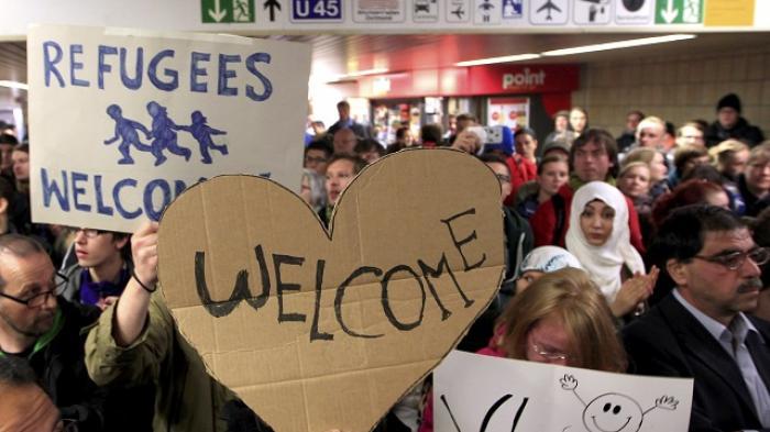 Pengungsi Tiba di Jerman Disambut dengan Hangat