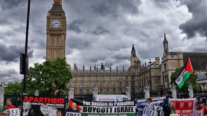 700 Artis Inggris Boikot Zionis-Israel Akhiri Penjajahan