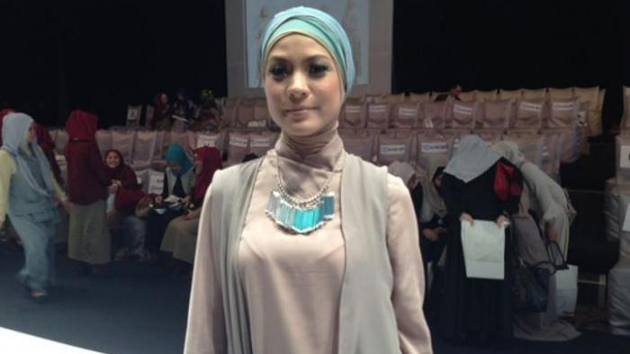 Awal Berhijab, Rachel Maryam Bingung Pilih Gaya