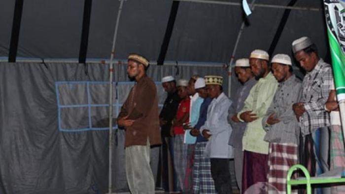 Pengungsi Rohingya Sudah Bisa Shalat Jamaah